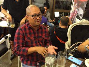 """Pedring Lopez talking to the press about """"Nilalang"""" (Photo credit: Alexa Villano)"""